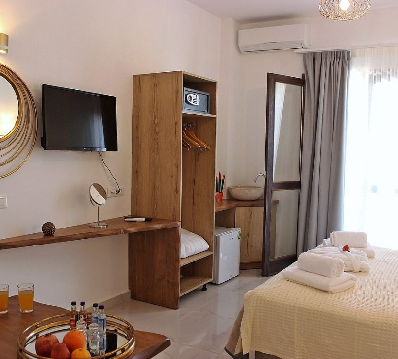 deluxe-hotel-family-suites-sea-view-0012